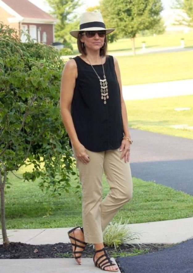 Casual Weekend Outfits For Women Over 40