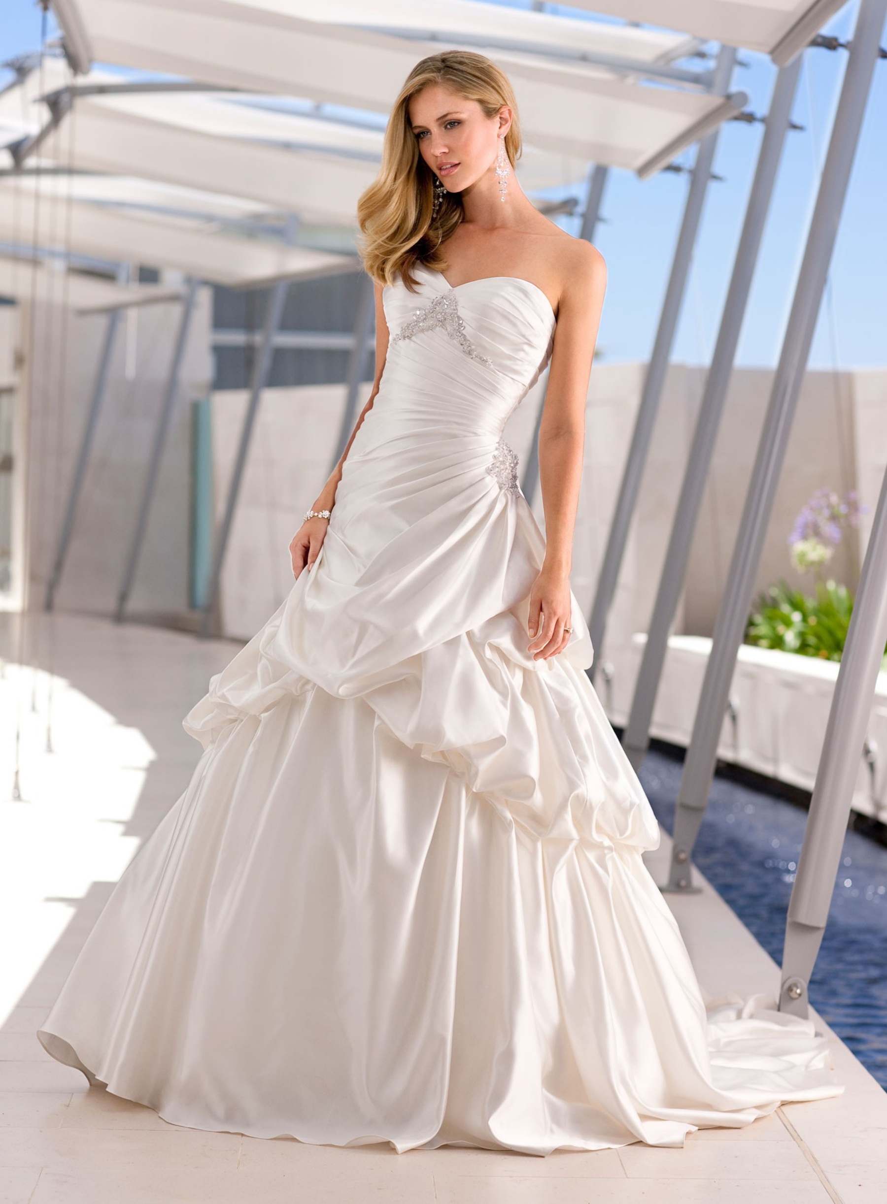 Find and save ideas about Inexpensive wedding dresses on Pinterest. | See more ideas about Wedding dress alterations cost, Inexpensive dresses and Bohemian wedding dress uk.